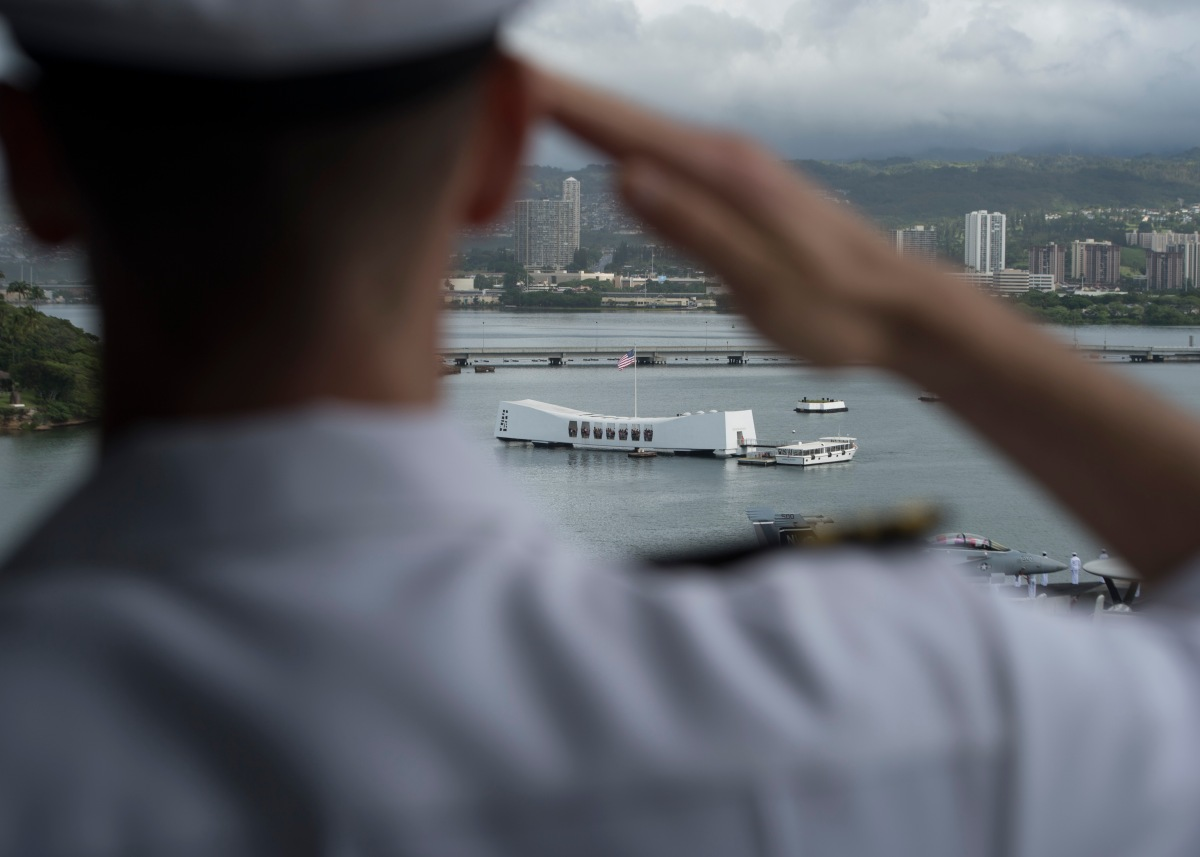 Nimitz Carrier Strike Group Arrives in Hawaii